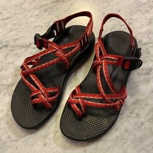 Chaco Z/X2 red double strap hiking sandals 11 EUC
